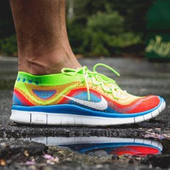 on sale 1948a c4248 MINT NIKE FLYKNIT FREE 5.0 RAINBOW Sz 10 44 EUR